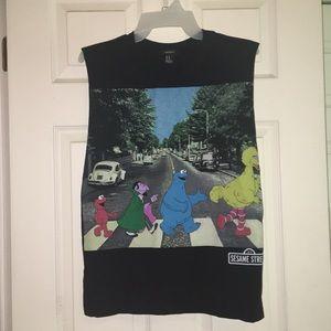 black sesame street/beatles abbey road t-shirt